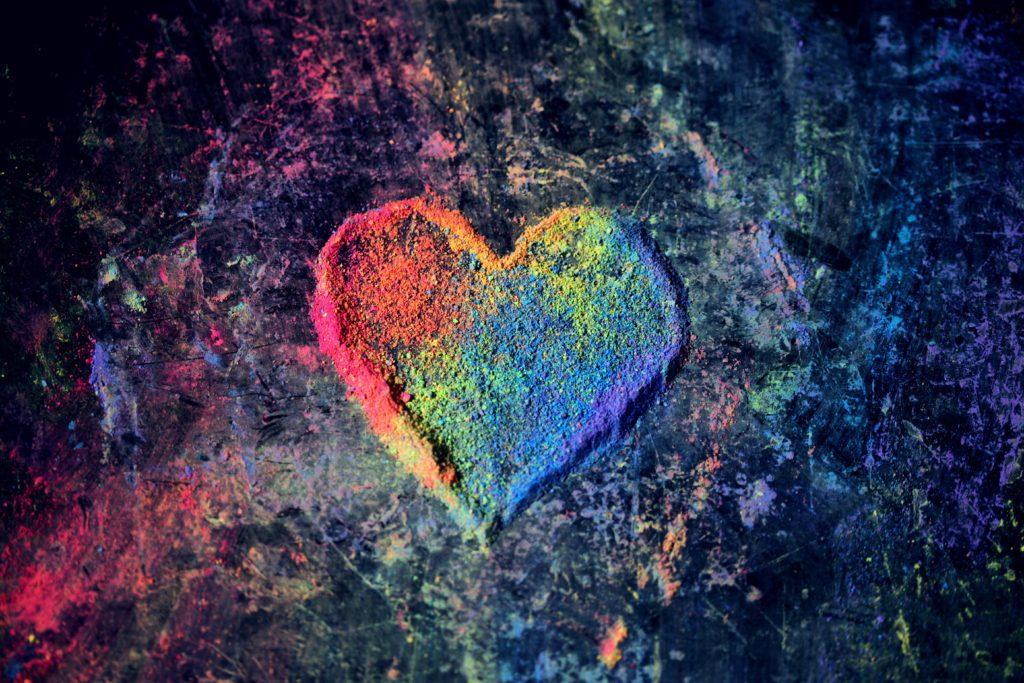 恋愛運を上げる方法【ドコになんの絵を飾ればいいのか風水を用いて詳しく解説】