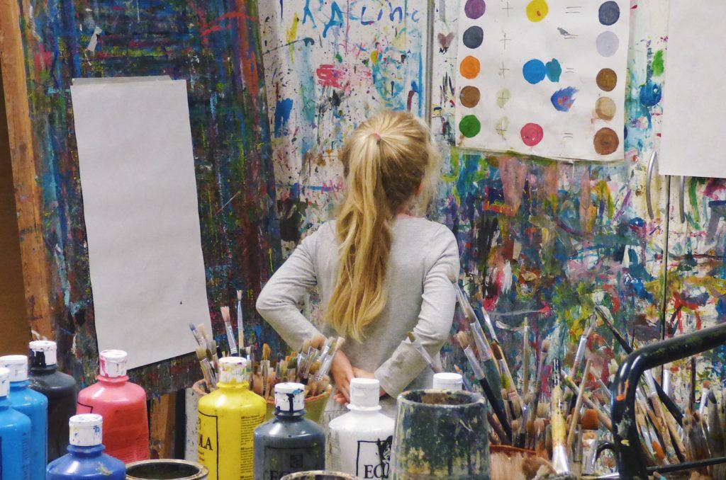 画家が日本で成功する方法